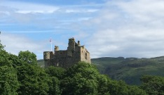 moy-castle
