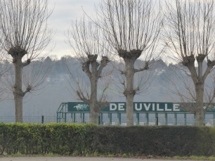 deauville sign